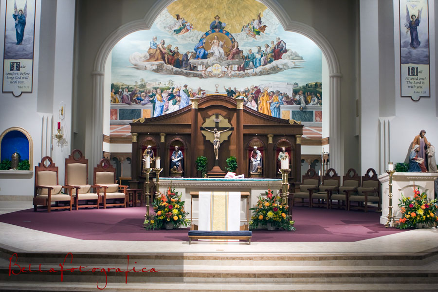 photo of St. Williams altar