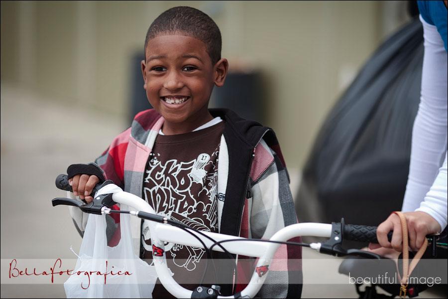 Christmas bicycle giveaway