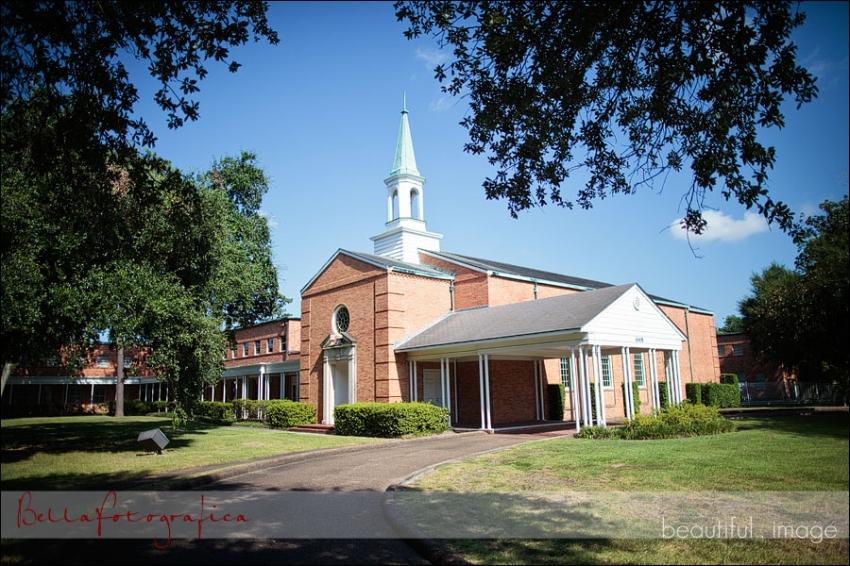 exterior calder baptist church beaumont