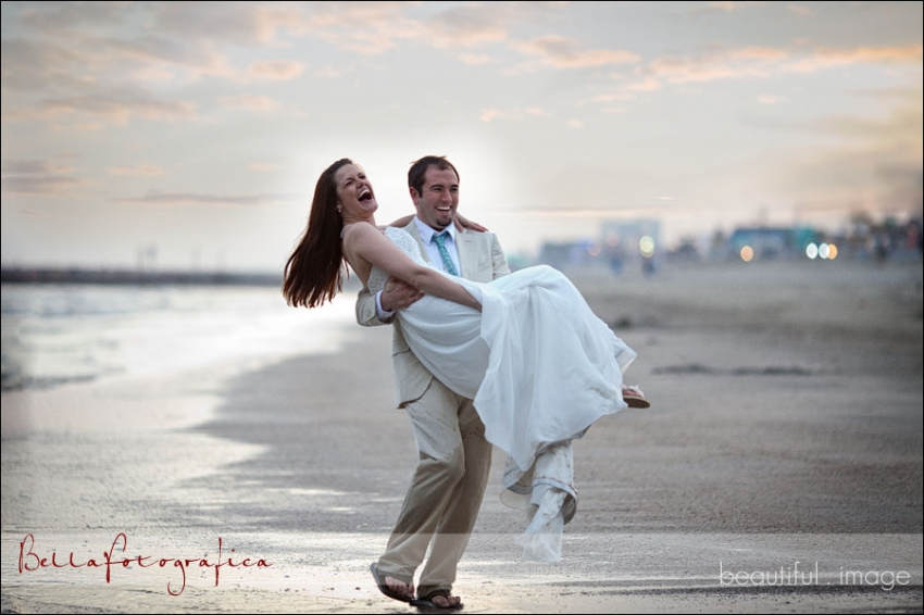 bride and groom on galveston beach