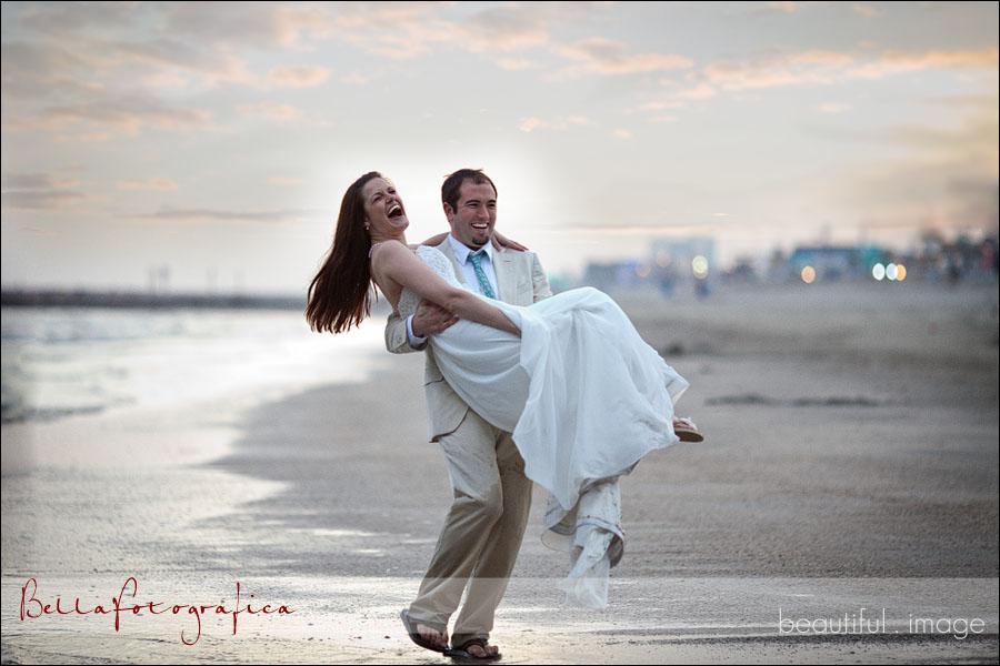 bride and groom on galveston beach