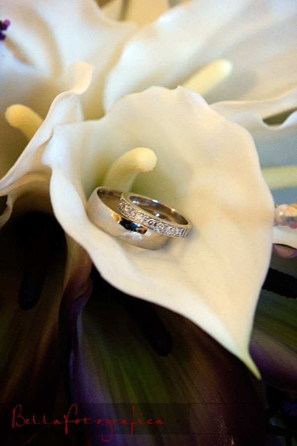 wedding bands in calla lily bouquet