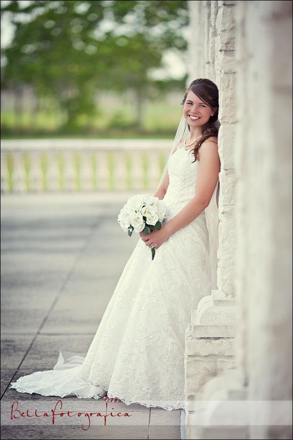 Nederland bridals johnna beaumont texas wedding for Wedding dresses beaumont tx