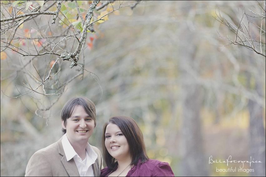 lumberton outdoor engagement photos