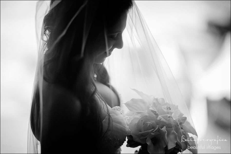 bridal portraits the neches room Beaumont Texas