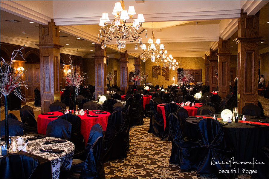 wedding receptions at the Neches Room Beaumont texas
