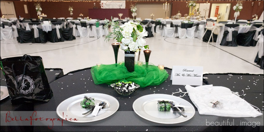 Green and Black Head Table